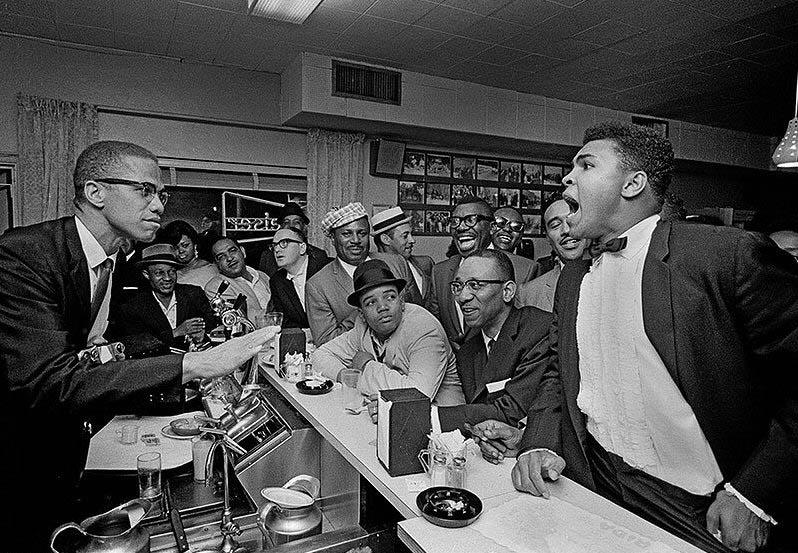 1964. Photo by Bob Gomel
