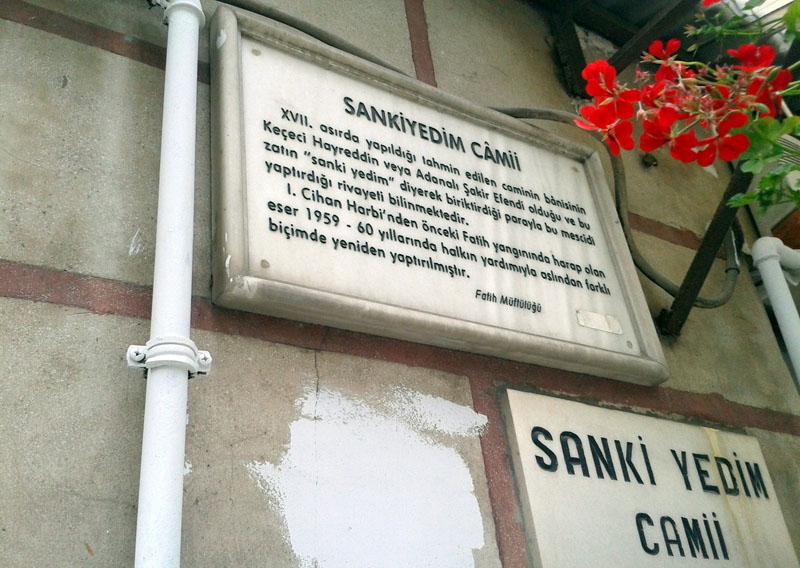 Sanki Yedim Sign