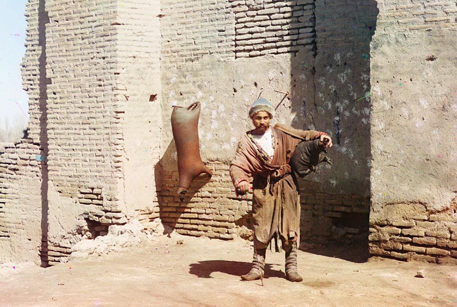 10 A water-carrier in Samarkand (present-day Uzbekistan), ca. 1910