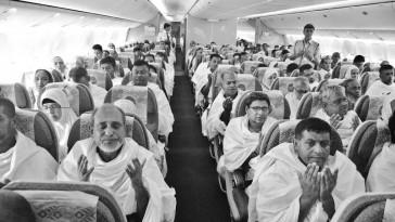 hajj pilgrims on plane